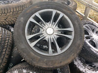 Tires and alloy rims for Hyundui Sononta 215/60r/16 MS $500.00