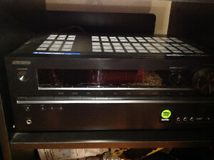 ONKYO TX-NR626 7.2-Channel - Like New MINT CONDITION
