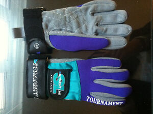 Straight Line  Water Sports Tornament Gloves