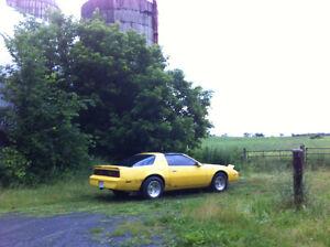 1984 Pontiac Firebird SE asking $5000