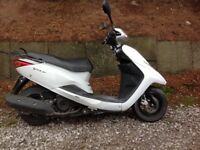 Yamaha vity XC 125cc 2014 scooter ideal for delivery driver