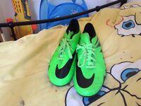 Nike HyperVenom FootBall boots £20