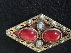Beautiful Celtic Signed Miracle Brooch