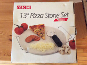 Brand new pizza stone, rack, & cutter! Great Christmas present!
