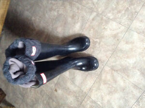 Black gloss hunter boots wide caf