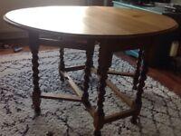 Wooden gate leg table
