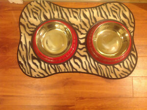 Food/water bowls-Used for only 2 days - Like new St. John's Newfoundland image 1