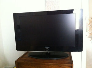Samsung 32' LCD TV ( Picture Color problem)