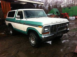 1978 Ford Bronco 4X4 automatic 351 engine comes with aluminum ri