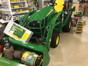 JOHN DEERE 1025R TRACTOR LOADER & BACKHOE-OVER $6500. DISCOUNTS
