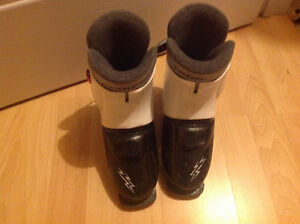 1 pair of boys ski boots.20.00