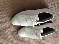 Ladies sz 10 Golf Shoes