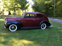 HEY CAR BUFFS take a look  1939 Ford DeLuxe