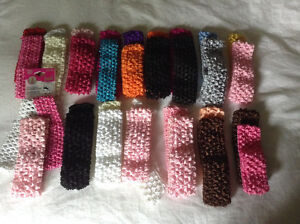 Lot of crochet hair bands and flowers