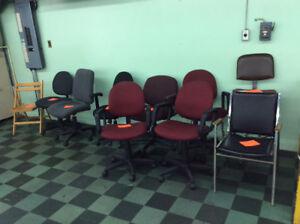 Chaises de bureau sur roulettes