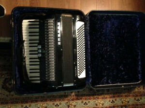 Hohner Accordion - Vintage, A-1 Condition in Original Case.