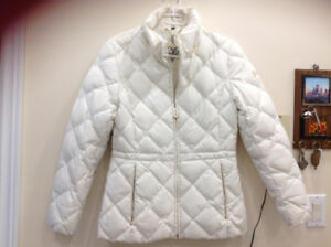 Very Elegant Guess jacket size S fits size M too