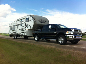 2011 Cougar 5th Wheel