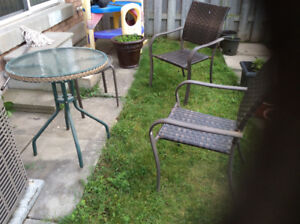 2 Chair 2 table Glass Patio set great shape and Has bamboo desig