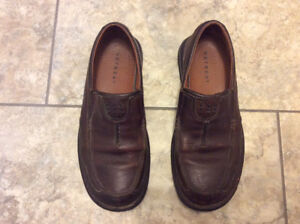 Brown Leather Casual Men's Shoes, Rubber Soles, Barely Worn