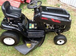 VERY TIDY RIDE ON MOWER Noosaville Noosa Area Preview