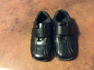 Little Boys dress shoes:size 9