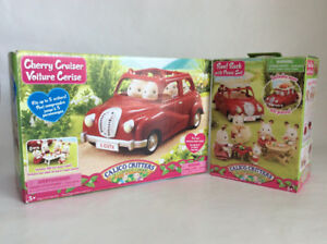 CALICO CRITTERS CHERRY CRUISER and ROOF RACK with PICNIC SET
