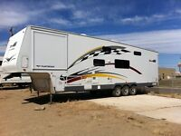 2005 RV - Fifth Wheel Fleetwood
