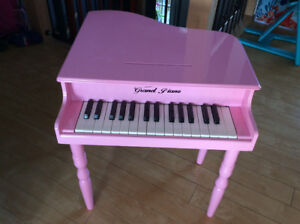 Toddler baby Grand Piano