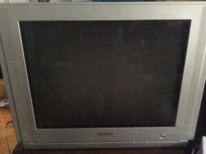 TV Samsung 27 pouces