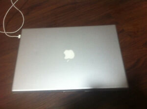 15 inch Macbook Pro mid 2007 needs battery has charger