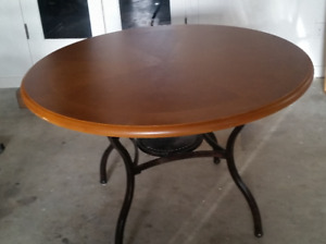 Dining Room Table Round, Wood Top, Metal Frame and Legs