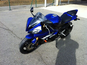 Yamaha R6 2011 quick sale