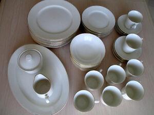 Service de table en porcelaine (prix réduit)