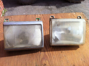 2 Lumieres pour Ford F-250 F-350 1987-1990