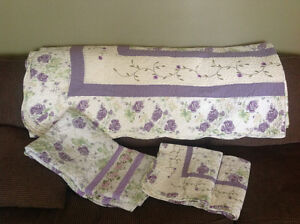 Beautiful Quilt King size (105x95)