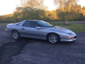 1996 Chevrolet Camaro Coupe (2 door)