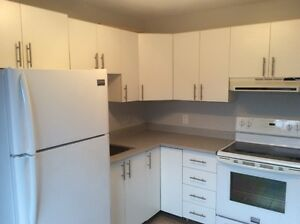 660$/MONTH + ALL INCLUSIVE MODERN 1 BED + 4 APPLIANCES INCLUDED
