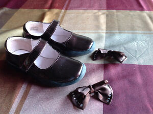 Girls' dress shoes
