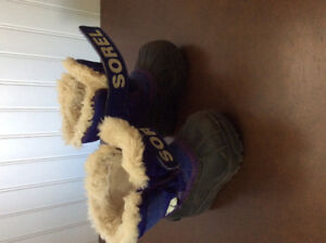 Sorel size 5T winter boots