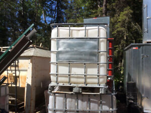 Poly tanks for storage or rain barrel