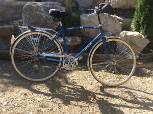Rare vintage  FUJI Cambridge 3 speed street bike Windsor Region Ontario image 1