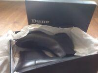 Men's black leather boots size 9 - Dune