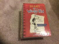 DIARY OF A WIMPY KID FIVE BOOK SET -NEW