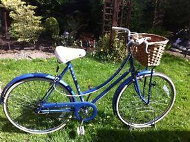 "Retro Raleigh Dutch loop style bike 20"" frame"