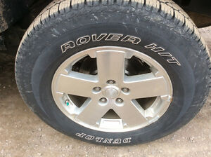 Jeep Rover H/T tires & rims total 5