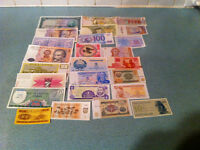25 Different uncirculated banknotes from 25 different countries