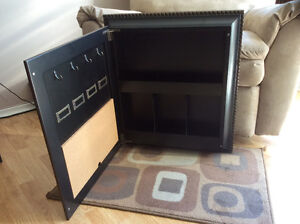Bombay Shadow Box with 5 Picture Slots