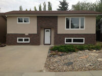 CLEAN MODERN FURNISHED HOUSE FOR RENT IN KINDERSLEY