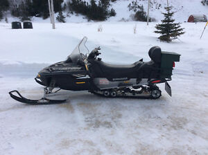 Ski-Doo Legend 600 GT 2009 804km with extras